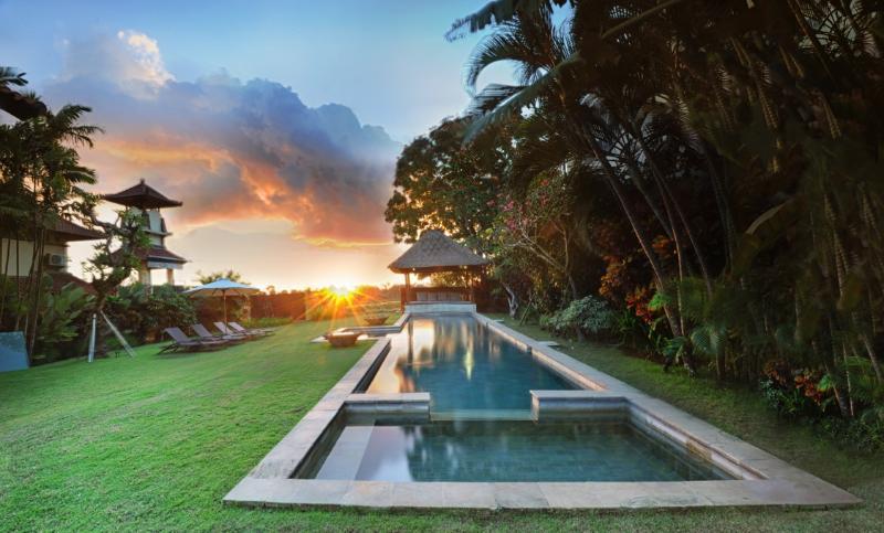 Pool at sunset. - Villa Jasmine, Umalas - Seminyak - rentals