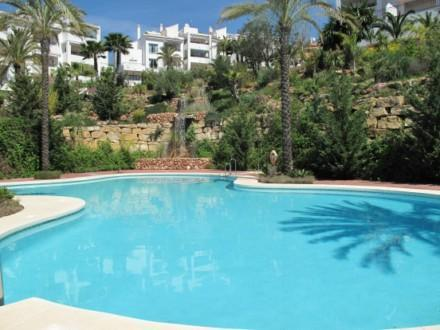 SUPERB APARTMENT in Pueblo Andaluz, Alhaurin Golf - Image 1 - Malaga - rentals