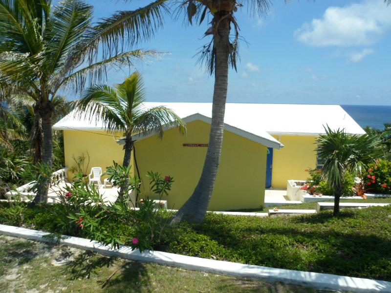 Beautiful Lookout Villa in January welcomes you - Stunning, Chic, 2 Bd Rm Villa -Gorgeous Ocean View - Eleuthera - rentals