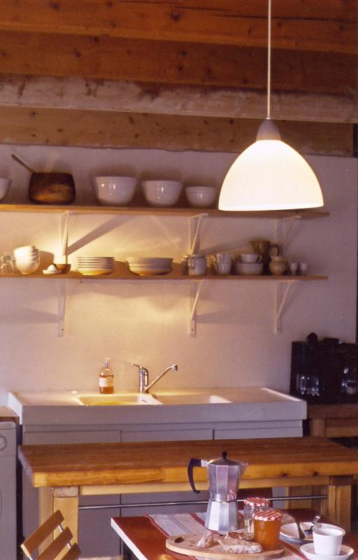 kitchen - French Farmhouse Holidays - a hidden paradise - Auvergne - rentals