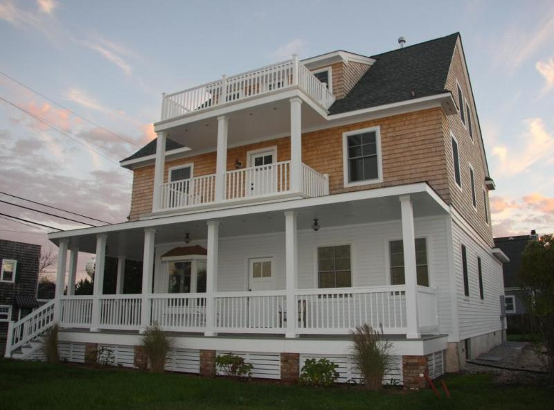 ~The Bay Head House...Magnificent 9 Bedroom, 6 Bath~ - The Bay Head House Luxury 9 Bedroom, 6 Bath - Bay Head - rentals