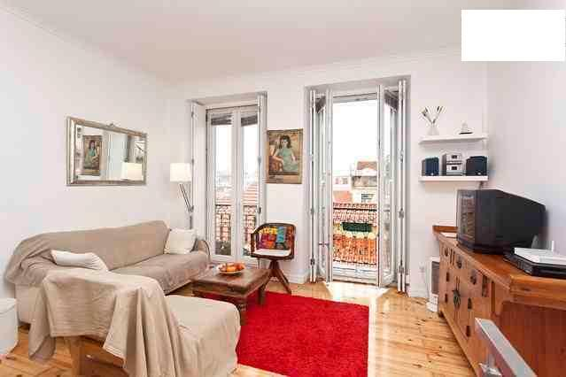 Living room - Duplex 2bedroom apartment -Center of Lisboa for 5 - Lisbon - rentals