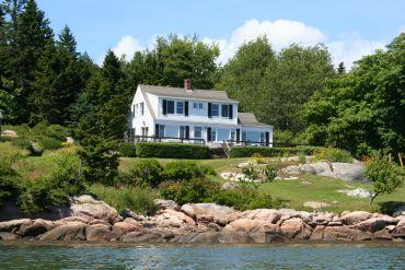 Whitman Cottage - Image 1 - Stonington - rentals