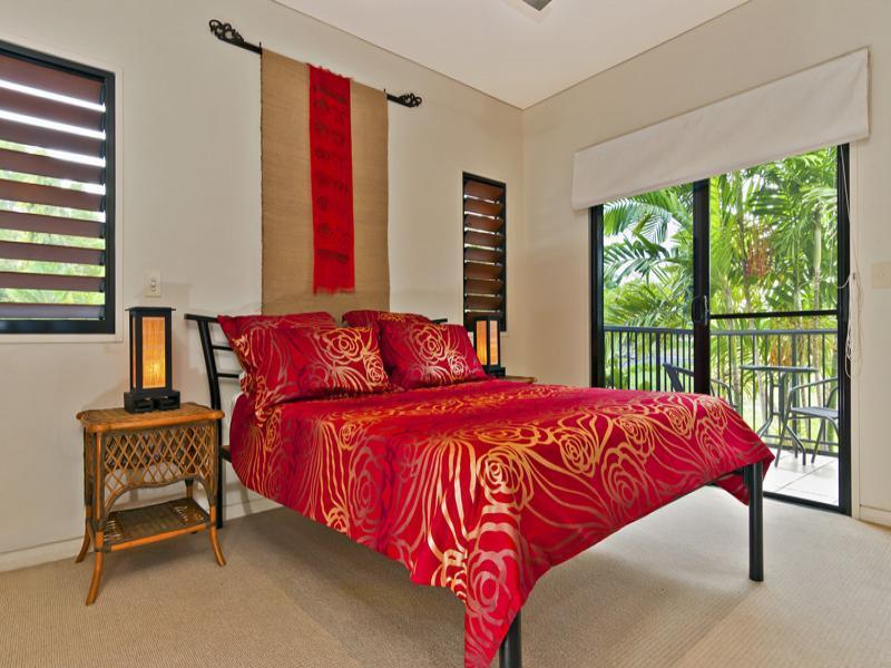 #2 Escape Villas - Book One Or Both Villas - Image 1 - Port Douglas - rentals
