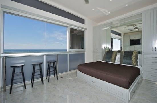 Rockaway 2 - Oceanfront Modern 2BR Luxury - Image 1 - Mission Beach - rentals