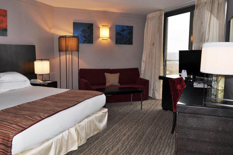 Sea View Deluxe suite in the 5* Daniel hotel - Image 1 - Herzlia - rentals
