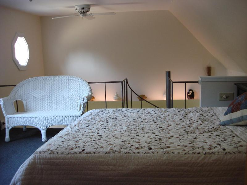 Bedroom 1 - Summer rental nr Acadia National Park & Bar Harbor - Southwest Harbor - rentals