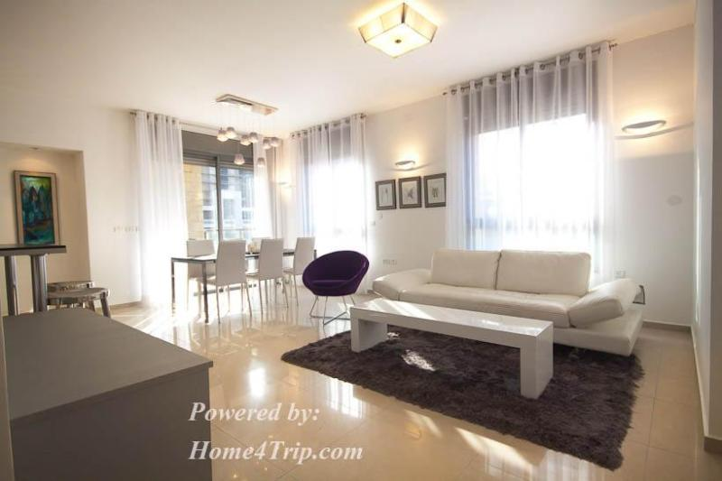 Living Room and Dining Area - Brand new and luxurious - wonderful location - Jerusalem - rentals