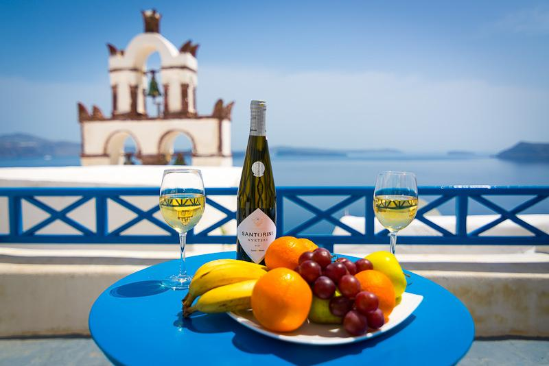 """BLUE & WHITE Cave House"", Santorini, Oia, Caldera - Image 1 - Oia - rentals"