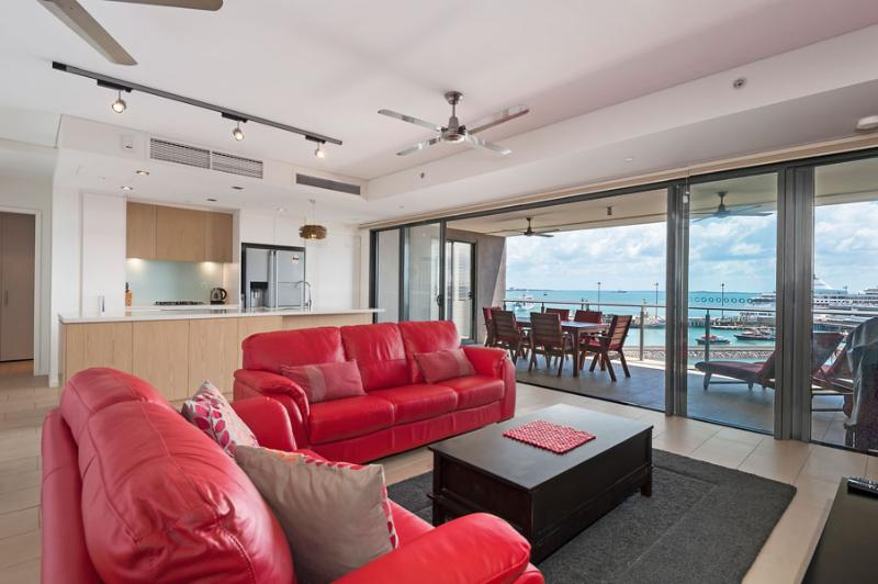 Living Area - Urban Turtle 2 Bedroom Darwin Waterfront Apartment - Darwin - rentals