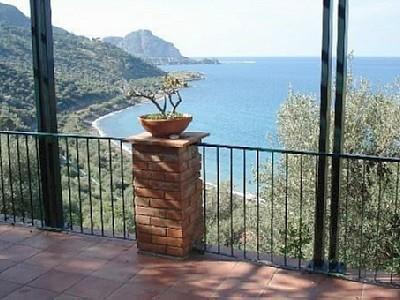 View from the terrace over the Bay of Cefalù - Cefalù: villa-breathtaking view over Cefalù Bay - Cefalu - rentals