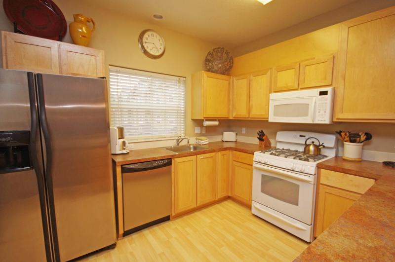 Fully Equipped Kitchen - Listing #390952 - Creekside Chalet - Adventure Park Discounts! - Government Camp - rentals