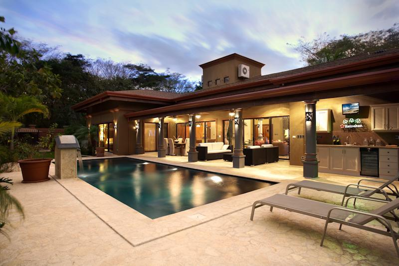 Night Pool & Bar Area - Casa Tucan - Playa Flamingo - rentals