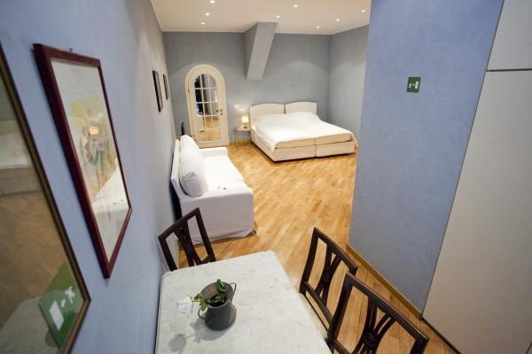 CR707 - Il Cortiletto - Image 1 - Rome - rentals