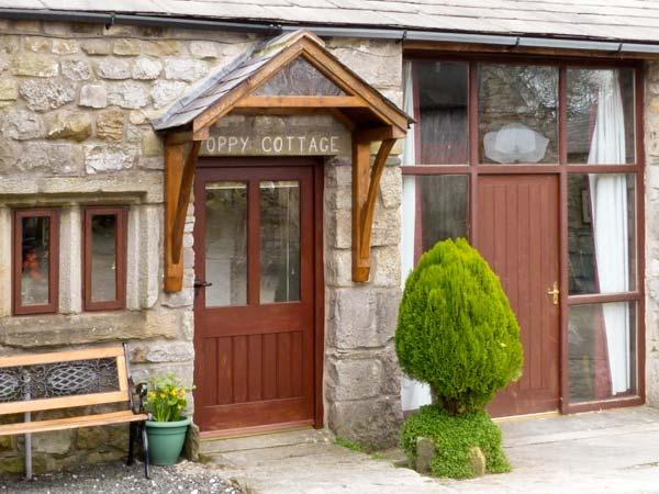 POPPY COTTAGE, open fire, countryside views, character features in Horton-in-Ribblesdale, Ref: 5457 - Image 1 - North Yorkshire - rentals