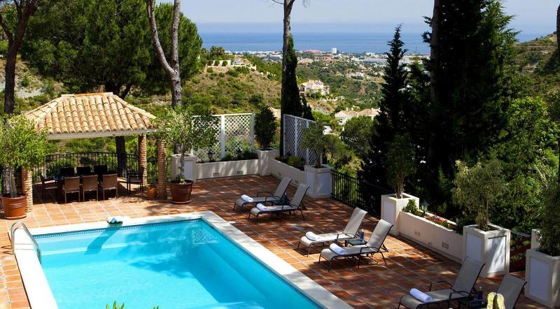 Pool area new for 2014 - Luxury 10 bed Villa in exclusive  area Nr Marbella - Marbella - rentals
