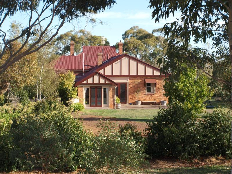 Private access to Pierrepoint B & B - Pierrepoint Bed & Breakfast, Pinot Suite - Tarrington - rentals