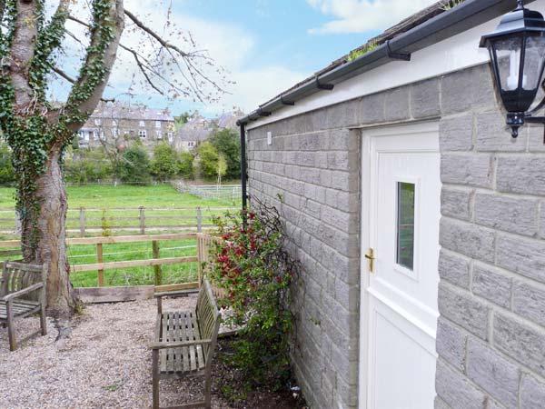 LAIR CLOSE COTTAGE romantic, studio accommodation in village of Shaw Mills near Harrogate Ref 14081 - Image 1 - Harrogate - rentals