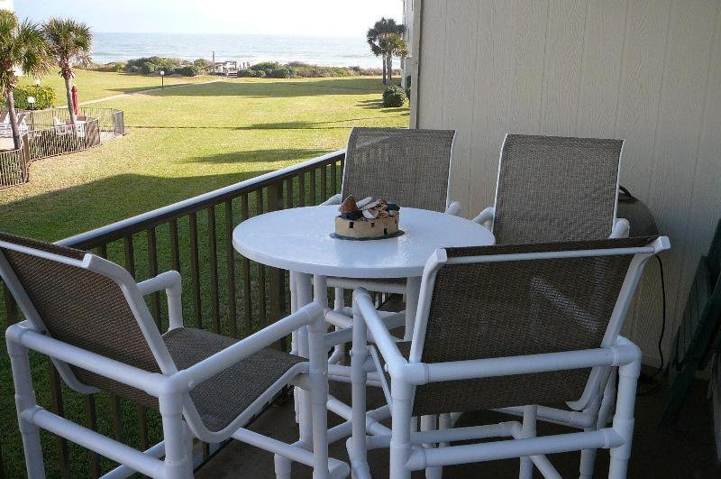 Enjoy the pool and ocean view from the balcony - Summerhouse Executive Condo-Avail Aug 8 book now - Saint Augustine - rentals