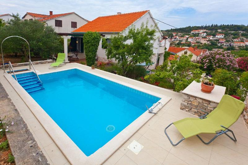 Villa with Private Swimming Pool and Garden - Image 1 - Brac - rentals