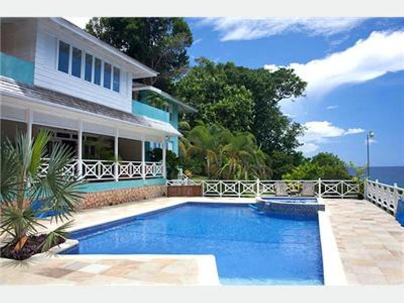 PARADISE PKK - 43761 - AUTHENTIC | 6 BED | WATERFRONT VILLA ESTATE WITH POOL - OCHO RIOS - Image 1 - Ocho Rios - rentals