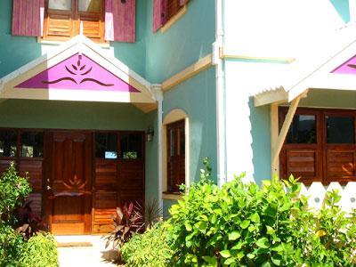 PARADISE PCH -  43872 - ELEGANT 4 BED TOWN HOUSE IN OCHO RIOS - Image 1 - Ocho Rios - rentals