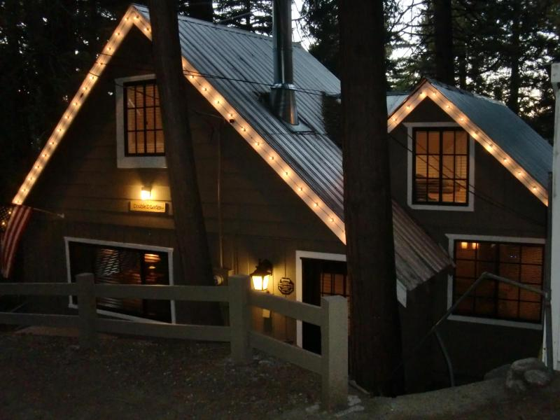 Front of the Double D Lodge at dusk - Double D Lodge - Rustic Luxury in Lake Arrowhead - Lake Arrowhead - rentals