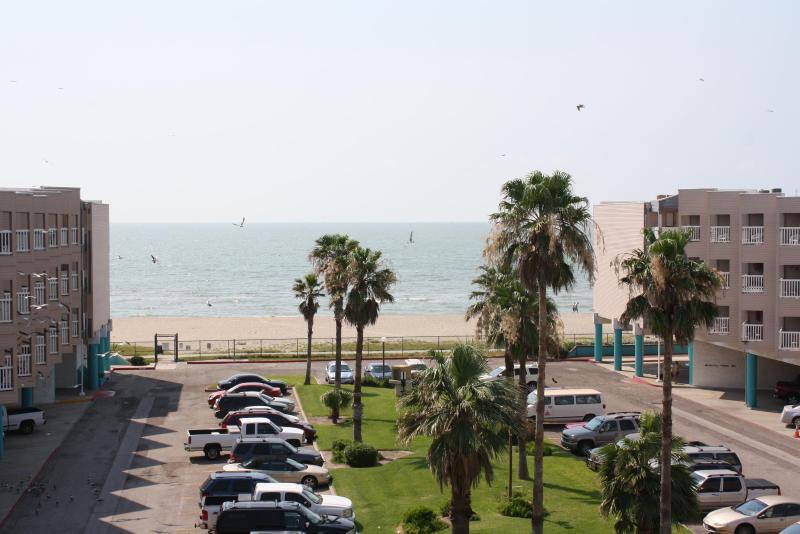 Great view of the beach. - Beach Front Condos in Corpus Christi TX - Corpus Christi - rentals
