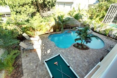 Large Pool Patio - Coral Escape - 132 50th St - Holmes Beach - rentals