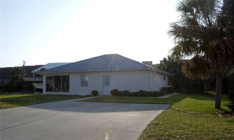 PEACE COTTAGE - Image 1 - Mexico Beach - rentals