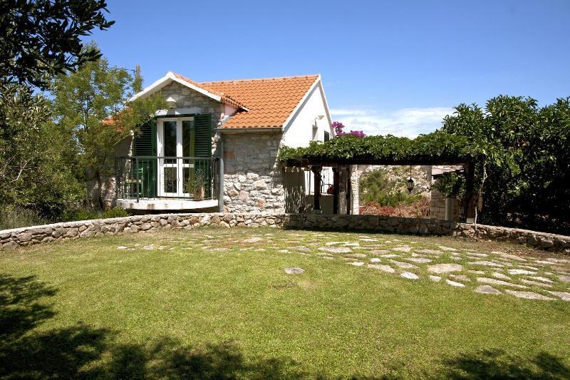 Vacation Houses Blagajic - Vacation Houses Blagajic - Maslinica - rentals