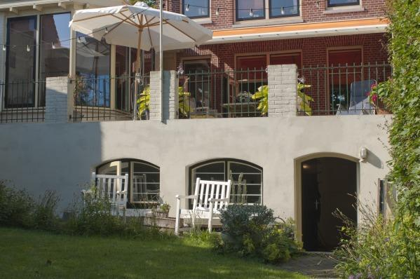 The house - Bright garden Bed & Breakfast near Amsterdam - Enkhuizen - rentals