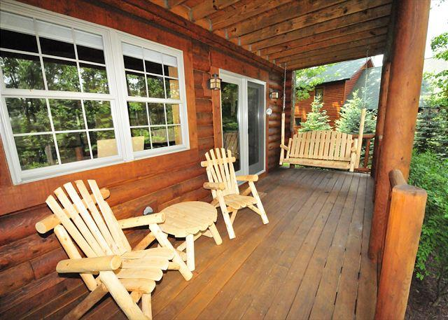 Lower Level Deck with Swing - 169 - McHenry - rentals