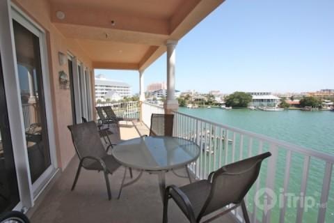 403 Harborview Grande - Image 1 - Clearwater Beach - rentals