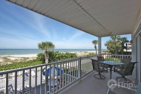 203 Island Sands - Image 1 - Indian Rocks Beach - rentals