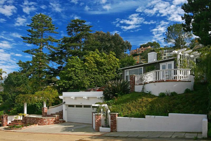 La Jolla's Most Charming Cottage - Image 1 - La Jolla - rentals