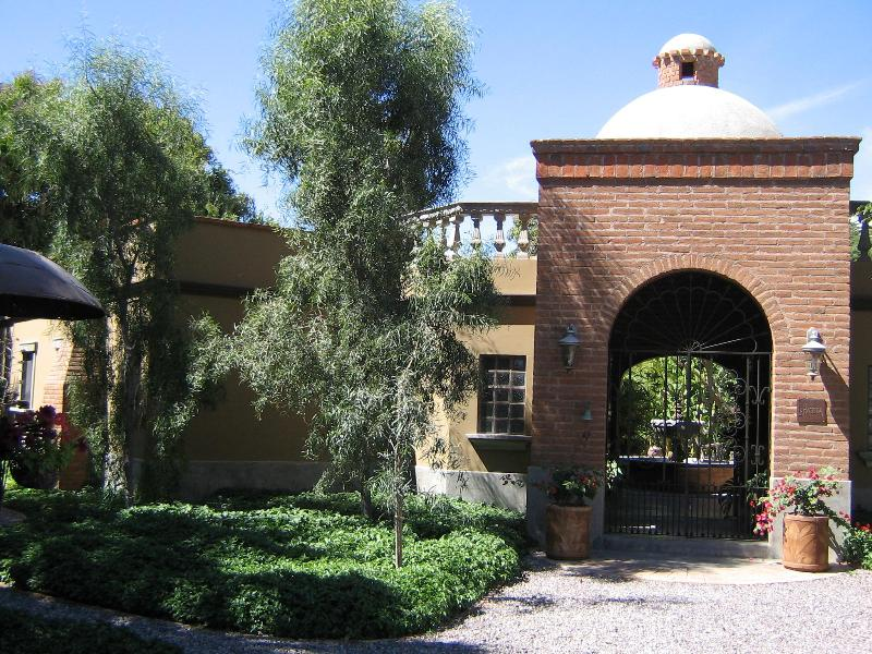 WELCOME TO OUR HACIENDA - La Hacienda...a unique vacation experience.    . - Todos Santos - rentals