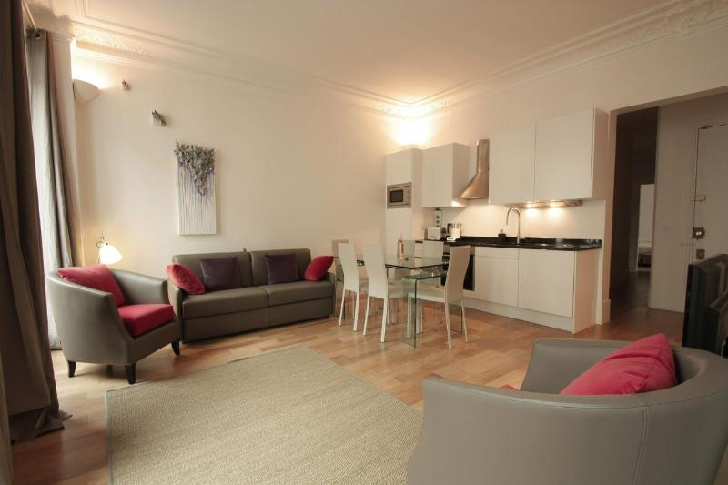 Nice Vacation Rental at Marais Prestige - Image 1 - Paris - rentals