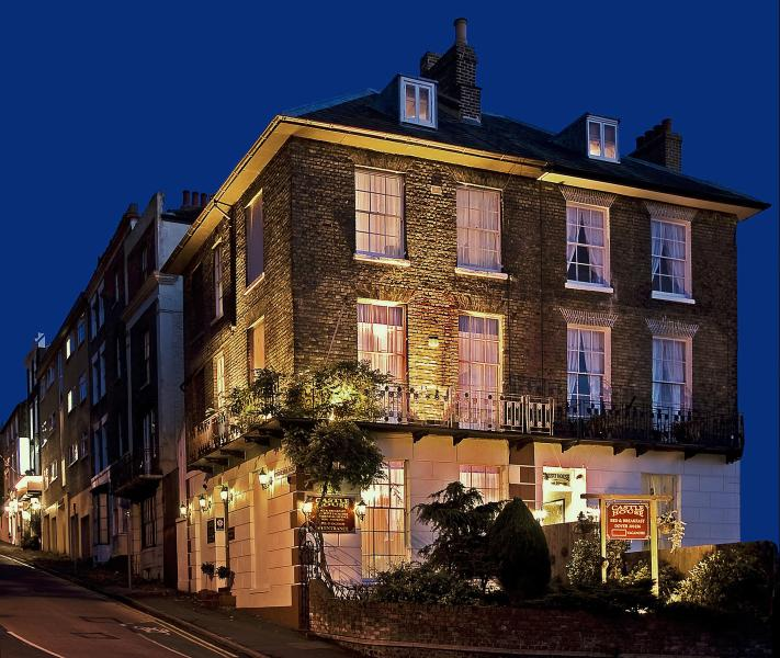 Night View - Castle House Guest House - Dover - rentals