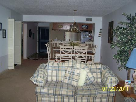 2 Bedroom Condo in Myrtle Beach Sleeps 6 Free WiFi - Image 1 - Myrtle Beach - rentals