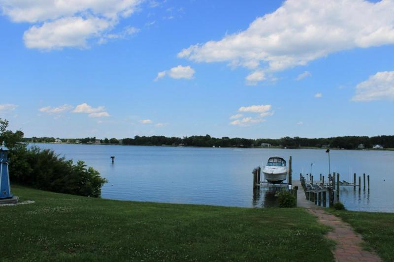 waterview from patio - BEAUTIFUL WATERFRONT HOME ON THE POTOMAC - Montross - rentals