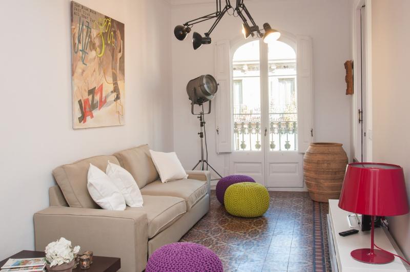 COMFORT LUXURY IN THE CITY CENTER - Image 1 - Barcelona - rentals