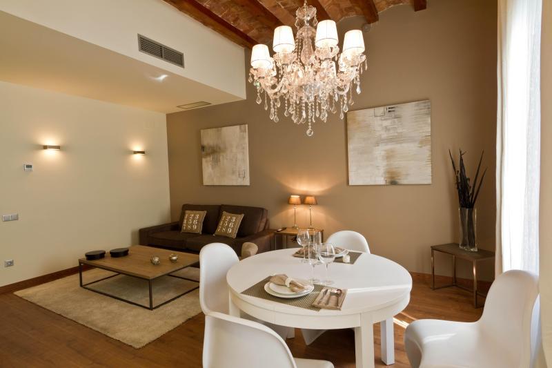 Eixample Luxury Up to 5 - Image 1 - Barcelona - rentals