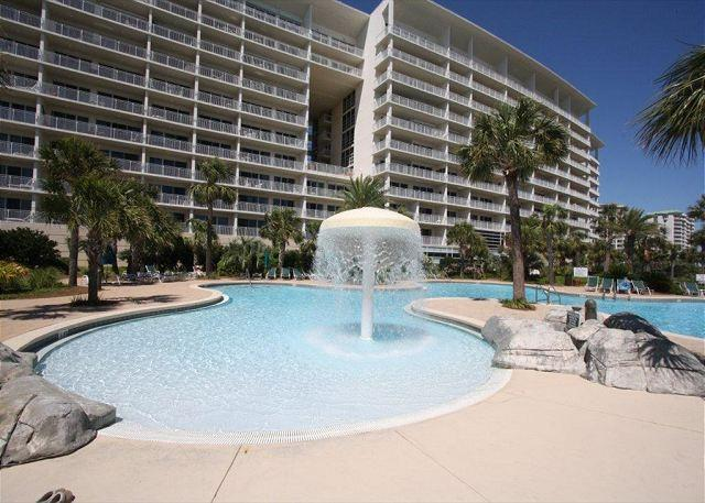 Sterling Shores 902 w/ Gulf View, Free Parasailing & Jacuzzi Tub - Image 1 - Destin - rentals