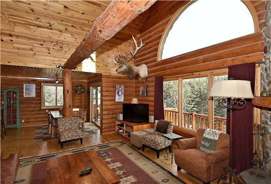 High-end home in Upper Red River with hot tub!!! - Image 1 - Red River - rentals