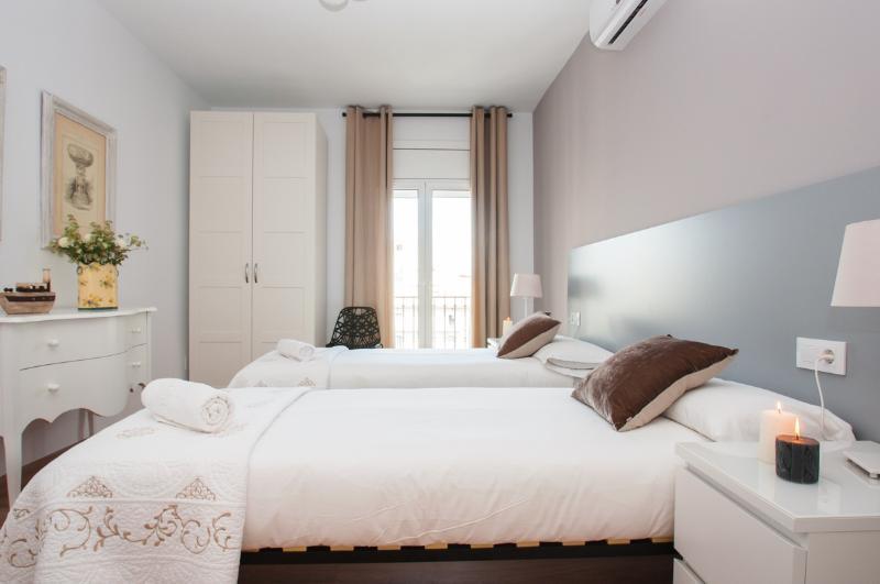 New Plaça Catalunya Luxury Design - Image 1 - Barcelona - rentals