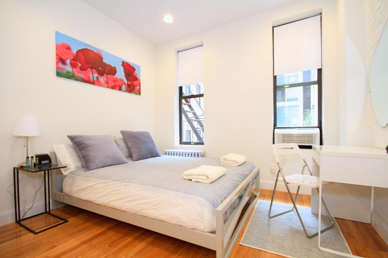 Studio at the Heart of Chelsea - Image 1 - New York City - rentals