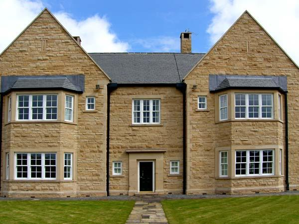 BURNHOPE SHOOTING LODGE, nine en-suite bedrooms, fishing, snooker table in Stanhope Ref 13416 - Image 1 - Stanhope - rentals