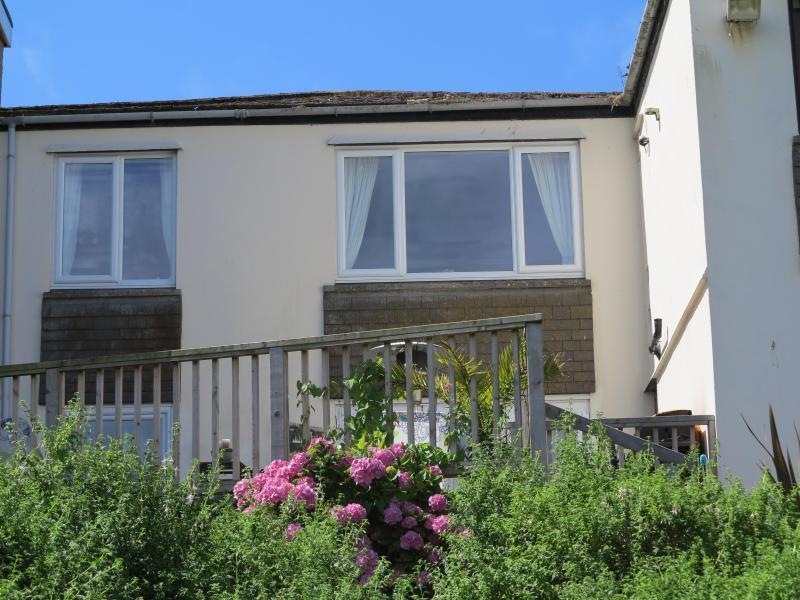 Surf Break 2 bedroomed apartment St Ives Cornwall - Image 1 - Saint Ives - rentals