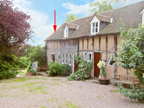 WILLOW COTTAGE, barn conversion with shared gardens, in Great Malvern Ref 16139 - Image 1 - Great Malvern - rentals